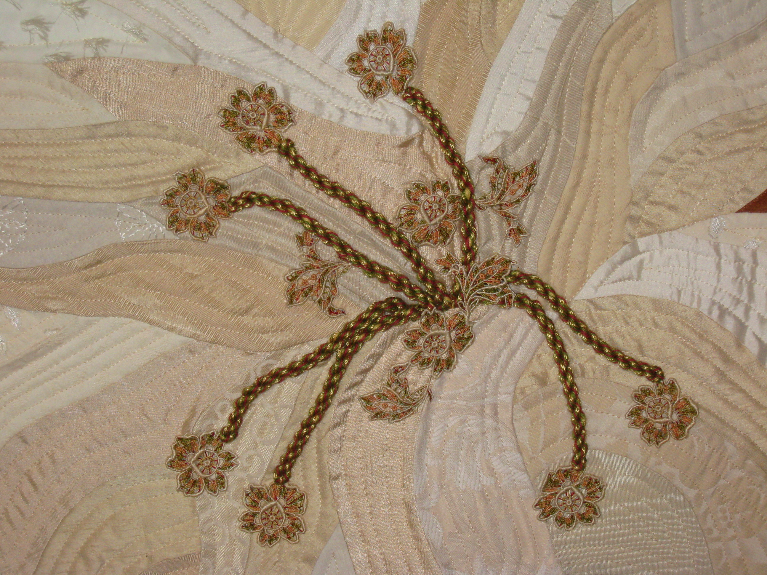 Lily center with antique tatting
